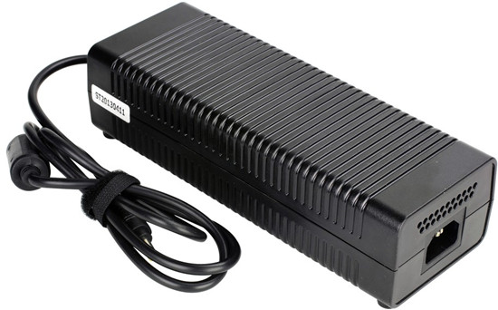 Iwill 200W (10.3A) 19.5V AC-DC adapter